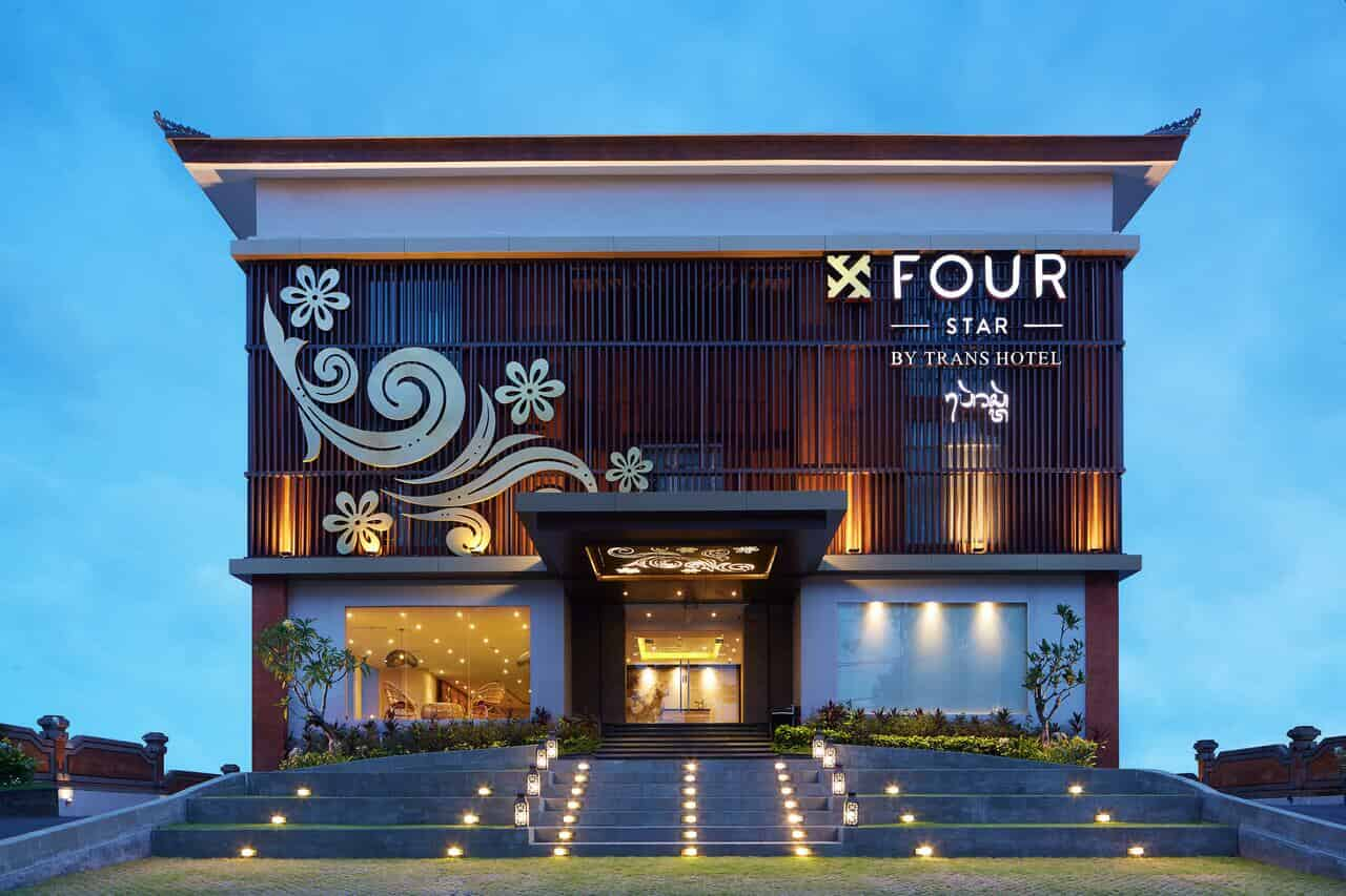Four Star by Trans Hotel facade